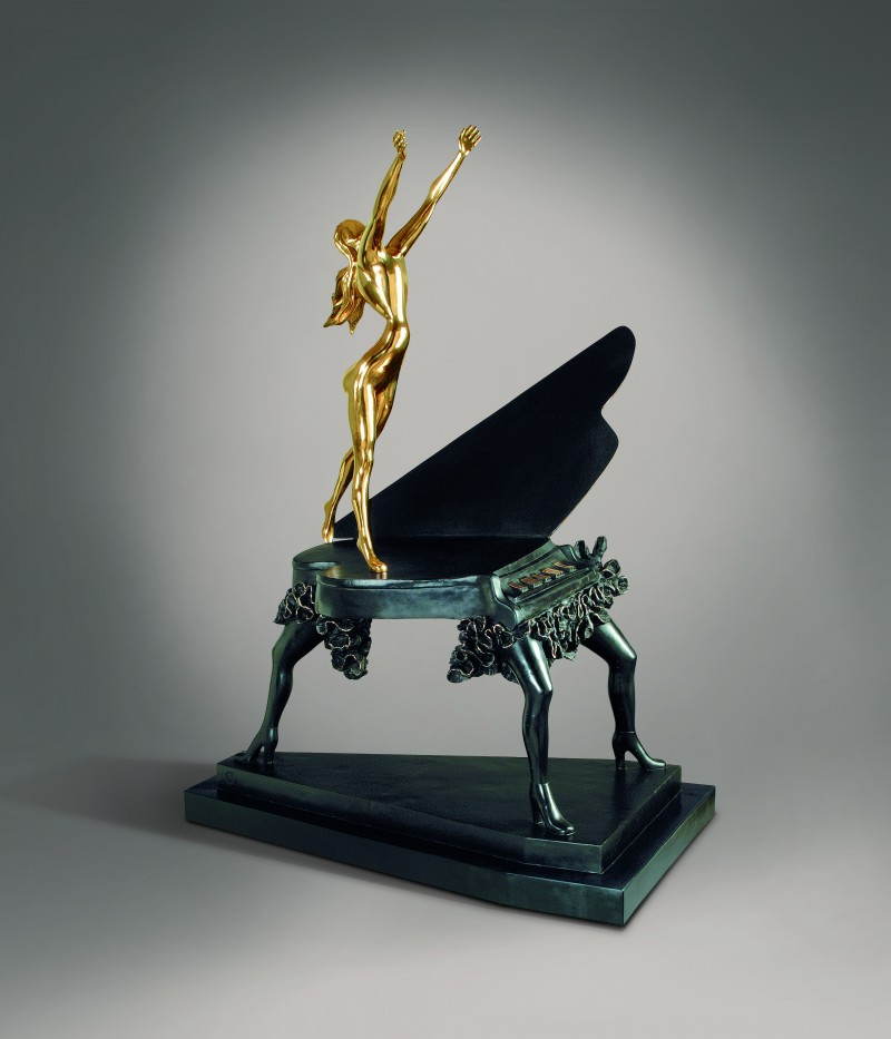 Dali, Surrealist piano